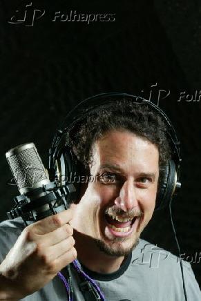 d1c80221b Folhapress - Fotos - Título: Retrato do humorista Felipe Xavier.
