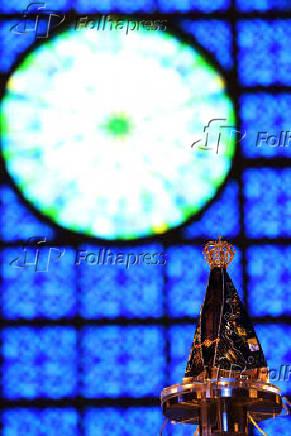 Imagem de Nossa Senhora Aparecida no Santuário Nacional