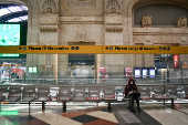 Visão geral da estação de metrô em Milão, na Itália