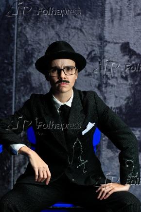 DEBORA FALABELLA INTERPRETA UM CONTABILISTA NO TUCA