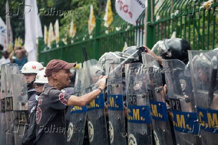 Protesto contra a reforma da previdência dos servidores