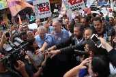 O presidenciável Ciro Gomes (PDT), durante ato de campanha em Suzano