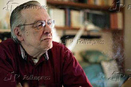 Entrevista com o escritor Olavo de Carvalho