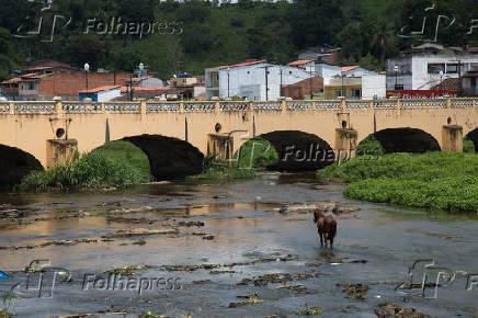 Vista da ponte da Conceição sobre o Rio Jaguaripe, em Nazaré