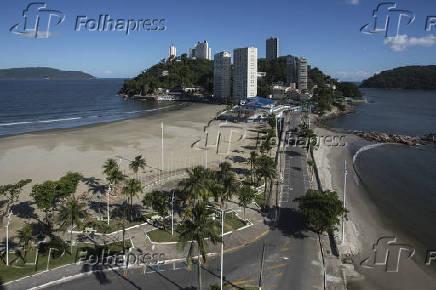 Praias Vazias em Santos nesta segunda