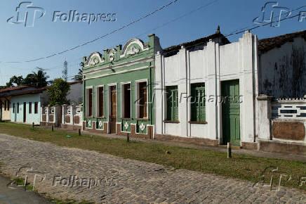 Casas no povoado de São Francisco do Paraguaçu, em Cachoeira