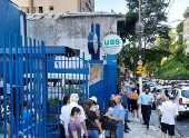 Fila na UBS Nossa Senhora do Brasil, em São Paulo