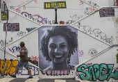 Escadaria de Pinheiros ganha retrato gigante em homenagem a Marielle