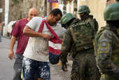 Forças Armadas fazem operação no Pavão-Pavãozinho (RJ)
