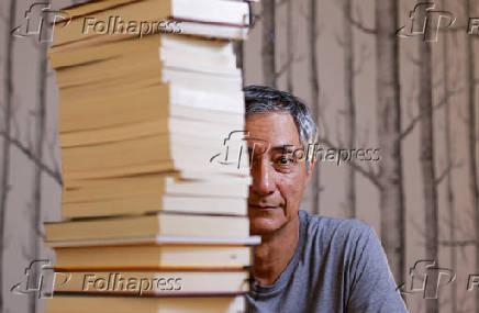 O tradutor e poeta Paulo César de Souza