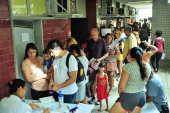Vacinação contra a febre amarela no Centro Municipal de Saúde Maria Augusta Estrella