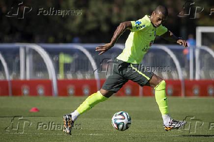Seleção Brasileira - Fernandinho