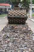 Exército destrói armas apreendidas no Rio