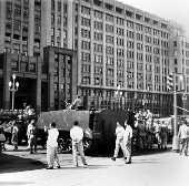 Tanque do Exército em rua do Rio de