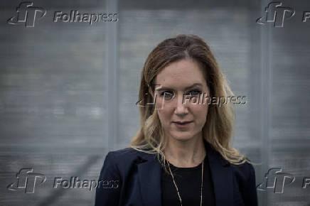Retrato de Mia Stark, CEO da Gazit no Brasil