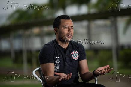 O técnico do Corinthians, Jair Ventura, após comandar treino no CT