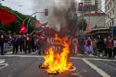 Protesto do Movimento dos Trabalhadores Sem teto, em São Paulo (SP)