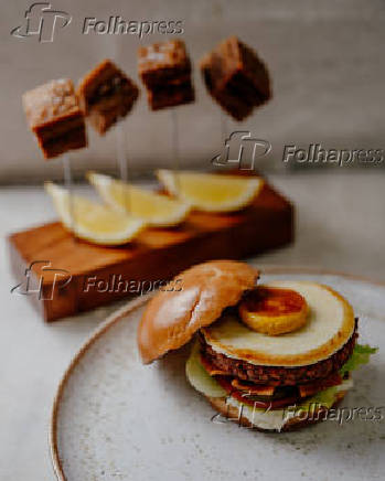 Panceta e hambúrguer, do restaurante Green Kitchen