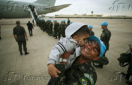 Última tropa das Forças Armadas embarca para o Haiti