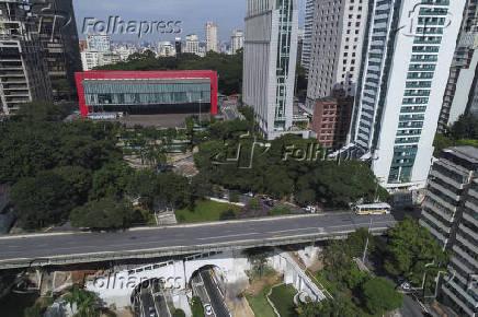 Avenida Nove de Julho e Museu de Arte de São Paulo Assis Chateaubriand