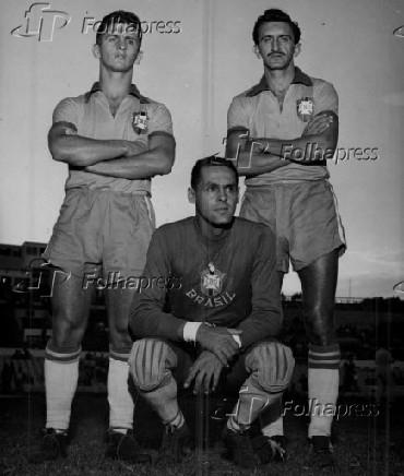 Futebol: da esq. para dir., Niton De