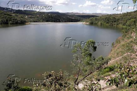 Barragem do Capão da Serra, localizada nos arredores da comunidade de Macacos (MG)