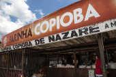 Venda de farinha de copioba em comércio do município de Nazaré