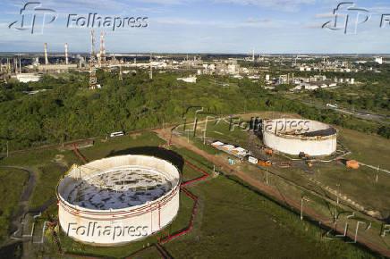 Vista aérea do complexo petroquímico no Polo Industrial de Camaçari