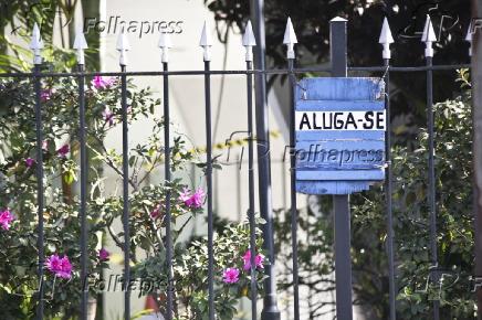 PLACAS ALUGA-SE PINHEIROS
