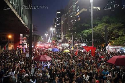 Protesto convocado pela Frente Povo Sem Medo, na avenida Paulista (SP)