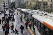 Motoristas e cobradores de ônibus de São Paulo paralisam as atividades