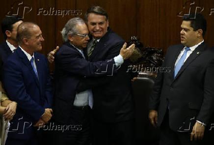 Bolsonaro e ministros se reúnem com Davi Alcolumbre