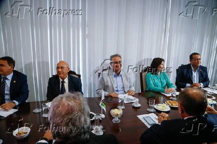 Senador Renan Calheiros durante reunião da liderança do MDB