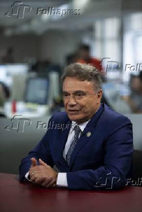 Entrevista com o senador Álvaro Dias (Podemos-PR)