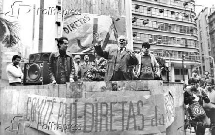histórico comício na campanha pelas Diretas-Já