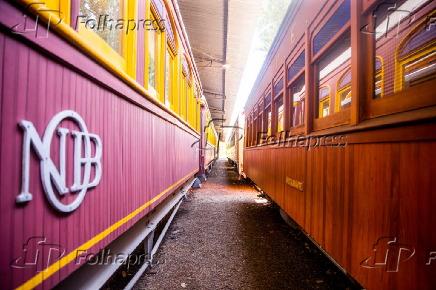 Amantes de trens recuperam estações no interior de SP
