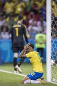 Neymar lamenta eliminação da seleção brasileira