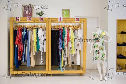 6d6f01d8e Folhapress - Fotos - Loja de roupas, Cia da Moda