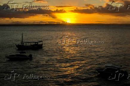 Pôr do sol visto da Fortaleza do Morro de São Paulo, na cidade de Cairu, na Bahia