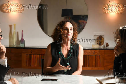 Entrevista com Elena Landau, em São Paulo