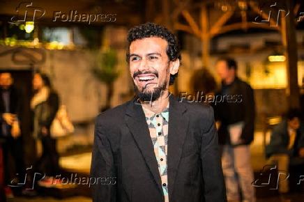58d3ac017 Folhapress - Fotos - O músico Felipe Cordeiro