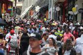 Movimentação na região da rua 25 de Março, no centro de São Paulo