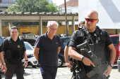 João Augusto Henriques faz exame de corpo de delito no IML de Curitiba